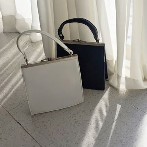 Square bag (2color) #366